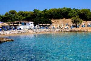 moni beach bar
